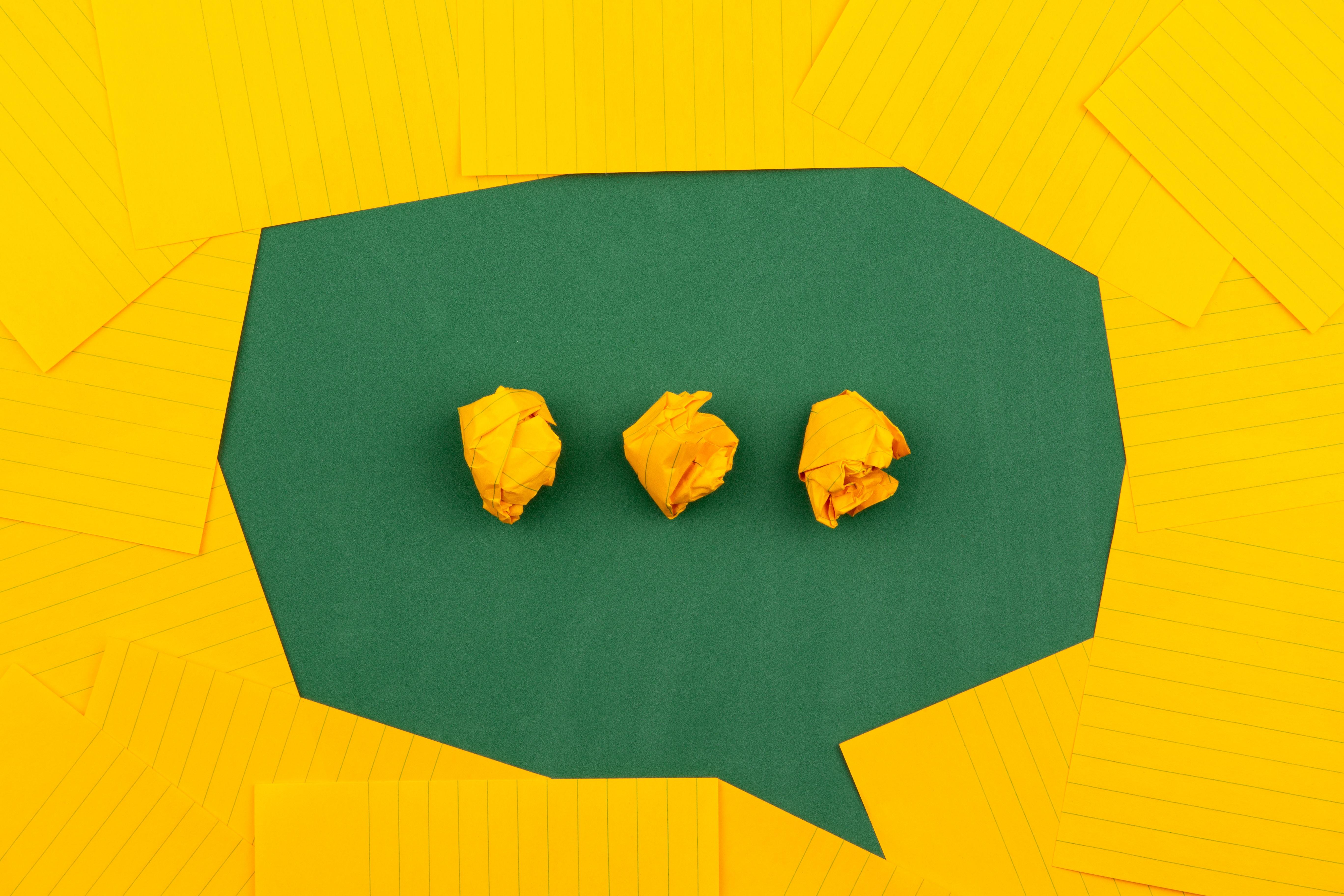 Icona di una chat in attesa di un messaggio